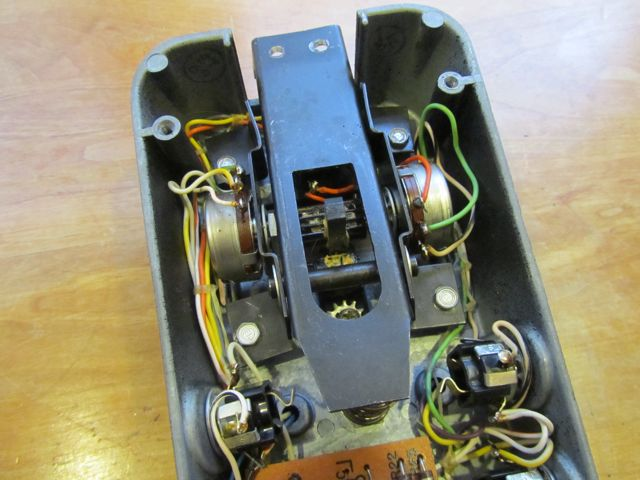 Vintage Vox Stereo Fuzz Wah Andy Wolf